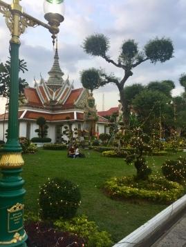 Wat Arun.jpg